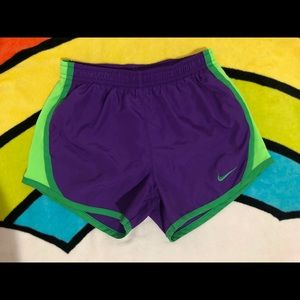 Nike 👧🏻 active shorts size 6